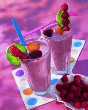 Shake aus Beeren und Kölln Haferflocken