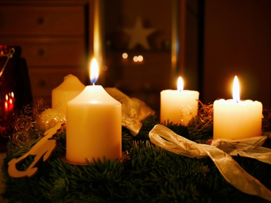 Adventskranz am dritten Advent