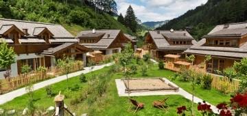 Gewinnspiel Feriendorf Holzleb'n im Salzburger Land