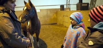 Imke Jürgensen, Pony Holly und die Kinder Lina und Paula